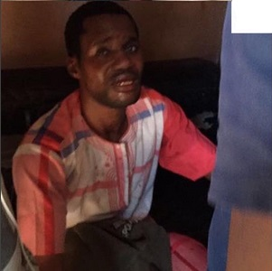 toyin-aimakhus-ex-lover-seun-egbegbe-allegedly-caught-and-beaten-up-for-stealing-iphone-7-in-ikeja-photos-4